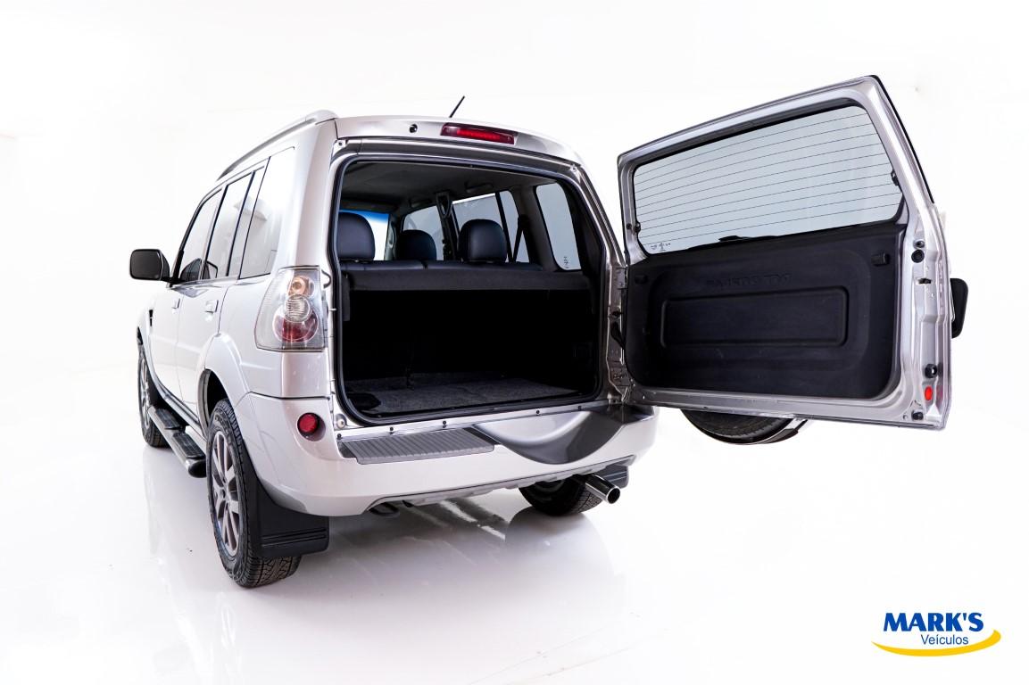 Foto do veículo Mitsubishi Pajero Tr4