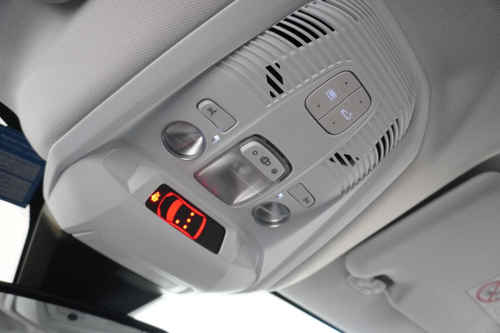 Foto do veículo Peugeot 3008